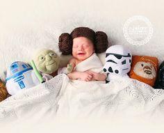 22 Gloriously Geeky Newborns Who Are Already Winning At Life - Newborn Photos