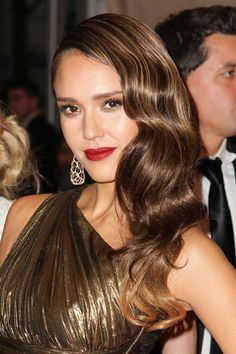 The Latest 5 Celebrities Glamorous Long Hair Waves