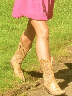 cowboy boots <3