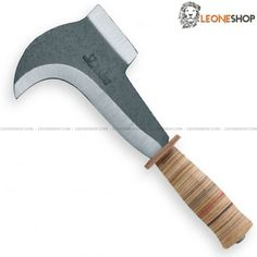 Agriculture & Hunting Billhook Knife - Carbon Steel Blade - Leather Handle - Due Cigni Italy - Sale Online - Leoneshop Usa and Canada - Garden Knives and Outdoor Cutlery On Line Store Agricultural Tools, Pruning Tools, Knife Patterns, Blade Sharpening, Beil, Cool Knives, Custom Knives, Survival Knife, Knife Making