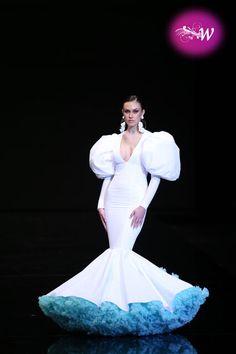 Flamenco Dresses, Mermaid Wedding, Wedding Dresses, Fashion, Vestidos, Ruffle Skirt, Pageant Headshots, Vibrant Hair Colors, Walkway