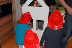 Feuerwehr Geburtstag Kindergeburtstag Feuerwehrmann Sam Jules kleines Freudenhaus Spielidee Brand loeschen