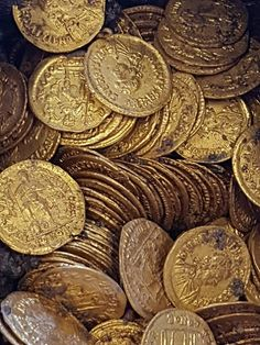 Huge cache of pristine gold coins is found under theatre Builders demolishing the former Cressoni theatre in Como were stunned to discover the cache last Wednesday. The Roman coins will be examined and dated before ending up in a museum, officials said. Gold Aesthetic, Aesthetic Colors, Apollo Aesthetic, Angel Aesthetic, Aesthetic Backgrounds, Aesthetic Wallpapers, Rose Croix, Yennefer Of Vengerberg, Gold Money