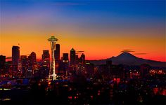Photo of a winter Seattle sunset. (Photo: Clane Gessel)
