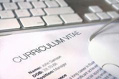 66 Tipps, mit denen Euer Online #Lebenslauf herausragend wird. http://karrierebibel.de/online-lebenslauf-66-tipps-fuer-aufbau-und-design/