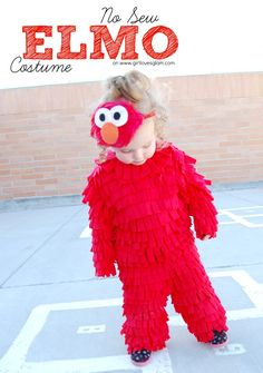 Easy DIY no sew Elmo Halloween costume that will make your kid look like they belong on Sesame Stree Elmo Costume Toddler, Elmo Halloween Costume, Baby Owl Costumes, Toddler Boy Halloween Costumes, Halloween Bebes, Homemade Halloween Costumes, Boy Costumes, Halloween Fun, Costume Ideas