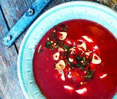 Rødbet og appelsinsuppe med ristet hvitløk