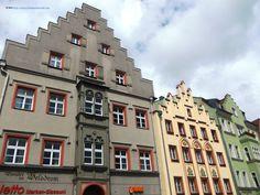 Patrician houses near Domplatz Step Guide, Wander, Multi Story Building, Germany, City, Regensburg, Haus, Deutsch, City Drawing