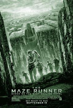 THE MAZE RUNNER is een Amerikaanse sciencefictionfilm uit 2014 onder regie van Wes Ball. De film is gebaseerd op het gelijknamige boek van James Dashner. De zestienjarige Thomas wordt wakker in een roestige lift (The Box) zonder herinneringen, later herinnert hij zich alleen zijn naam. De lift brengt hem naar boven naar The Glade, een wereld omringd door grote grijze muren