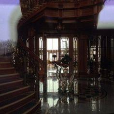 A look inside the recently vacated luxury home of Ukrainian president Viktor Yanukovych (40 Photos)