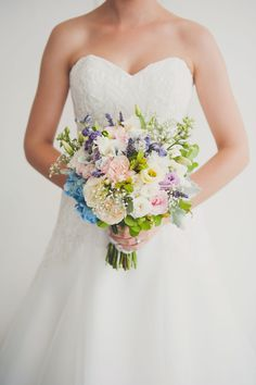 Jessica and Zach's Brisbane City Wedding - Brisbane Wedding Weekly - Bridal Bouquet by Unveiling Poppy