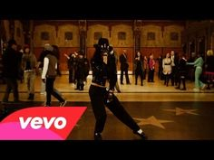Michael Jackson - Hollywood Tonight - YouTube