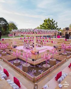 Best Of Wedding Decor 2019 Spotted At Indian Weddings shaadiwish indianwedding decor weddingdecorations decorideas weddingdecor decoratingideas Indian Wedding Album Design, Indian Wedding Venue, Desi Wedding Decor, Indian Destination Wedding, Wedding Stage Design, Wedding Hall Decorations, Indian Wedding Couple, Indian Wedding Photos, Wedding Mandap
