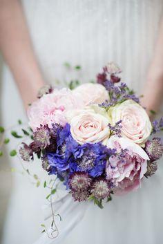 Inspiration mariage conte de fées - Photo: Iwona Paczek de Mon conte de Fée - Fleuriste : Fleur et couleur, Charlotte - La Fiancée du Panda blog Mariage et Lifestyle