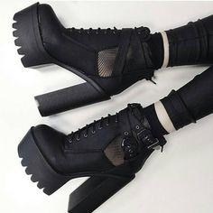 Credit: @tequilastar Shoes by @dollskill  #goth #gothgirl #gothgoth #gothic #dark #makeup #gothicmakeup #beautifulgirl #witch #magic #horror #creepy #scary #Halloween #alternative #alt #altmodel #alternativemodel #darkness #fashion #nugoth #instagoth #best