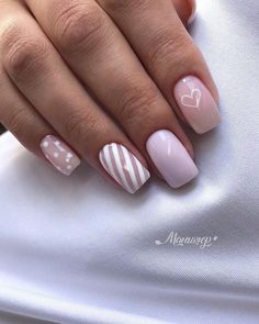 In look for some nail designs and some ideas for your nails? Listed here is our set of must-try coffin acrylic nails for cool women. Fabulous Nails, Perfect Nails, Gorgeous Nails, Stylish Nails, Trendy Nails, Diy Nails, Cute Nails, Nagellack Design, Best Acrylic Nails
