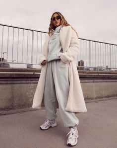 Long Coat Outfit, Trench Coat Outfit, Winter Fashion Outfits, Casual Outfits, Girly Outfits, Autumn Outfits, Fashion Ideas, Coats For Women, Jackets For Women