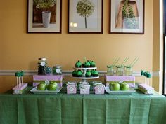Green apple dessert table..