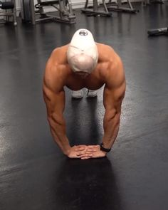 Advanced push up workout designed to build strong triceps #upperbodyworkouts #armworkout #exercisefitness Fitness Workouts, Abs And Cardio Workout, Push Workout, Gym Workouts For Men, Gym Workout Videos, Gym Workout For Beginners, Abs Workout Routines, Weight Training Workouts, Biceps Workout