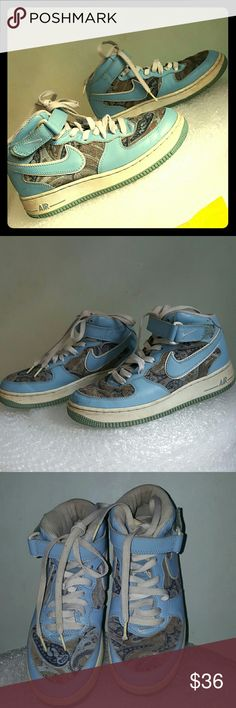 Nike swoosh vintage size 7.5 style 050608 paisley Vintage pair. Blue leather upper. Paisley design inserts. Size 7.5/38.5. Lace up front. Some wear to the heels. White rubber part has darkened due to an age. Ink marks at the leather soles. This is a vintage pair & therefore AS IS. Nike Shoes Athletic Shoes