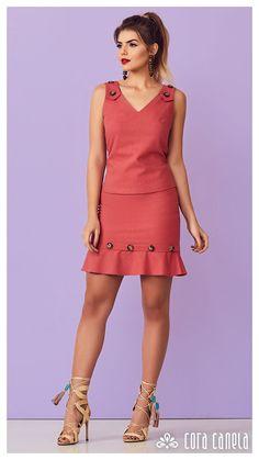 Posh Dresses, Linen Dresses, Cute Dresses, Casual Dresses, Fashion Dresses, Summer Dresses, Pencil Dress Outfit, Dress Up, Classy Dress