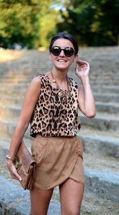 Alexandra | Lovely Pepa | Spanish Fashion Blogger | Wearing leopard print top and beige wrap skirt