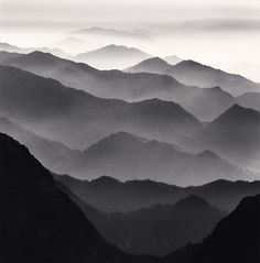 Stunning Black and White Landscape Photography by Michael Kenna - hard en zacht drukken op potlood techniek