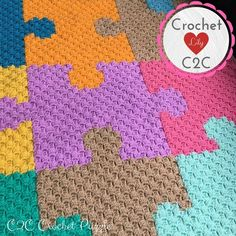 I love this unique pattern crochet baby blanket. The baby blanket just simply looks adorable in this colorful yarn combination. And I love the wave pattern where it reminds me of a rainbow promises (waves) over your baby! C2c Crochet Blanket, Graph Crochet, Crochet Baby Blanket Beginner, Stitch Crochet, Crochet Afghans, Crochet Blanket Patterns, Diy Crochet, Baby Patterns, Beginner Crochet