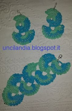 Orecchini con bracciale all'uncinetto con ventagli.....Earrings bracelet crocheted with fans bijoux