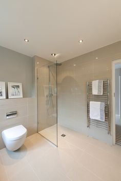 wet room, walk-in shower, modern Bathroom interior Wet Room Bathroom, Small Shower Room, Bathroom Layout, Wet Room Shower Tray, Small Bathroom, Beige Tile Bathroom, Bathroom Glass Wall, Shower Rooms, Walk In Shower
