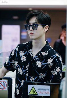 Suho - 160828 Incheon Airport, departing for Hawaii Credit: WindBellSuho. (인천공항 출국) EXO's handsome leader