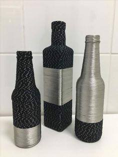 , look up hand made, classic, and one regarding a kind merchandise and gifts regarding your desired seek. Painted Glass Bottles, Glass Bottle Crafts, Wine Bottle Art, Diy Bottle, Wine Bottles, Vase Design, Box Design, Pottery Painting Designs, Recycled Bottles