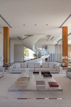 Schon Sala De Estar Neutra E Ampla, Guarda Corpo Da Escada De Vidro. Living Room  DesignsLiving RoomsHome Decor IdeasProject IdeasInteriorCollectionBar ...