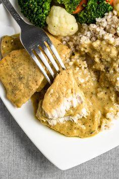 Schab w sosie musztardowym (6 składników) - Wilkuchnia Meat, Chicken, Cooking, Tableware, Kitchen, Recipes, Food, Dinnerware, Tablewares