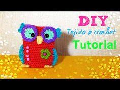 MiniMonedero BUho!! - Tejido a Crochet - YouTube Diy Crochet, Crochet Hats, Crocheted Bags, Crochet Videos, Make It Yourself, Crafts, Craft Ideas, Youtube, Owls