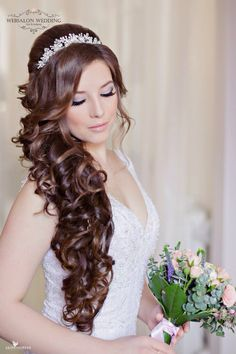 These are the hottest hair color trends of 2018 Quince Hairstyles, Flower Girl Hairstyles, Wedding Hairstyles For Long Hair, Bride Hairstyles, Hair Wedding, Short Hair, Bridal Hair Updo, Bridal Hair And Makeup, Hair Makeup