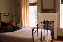 Historic Cottage in Soulard, St. Louis MO, $90/night