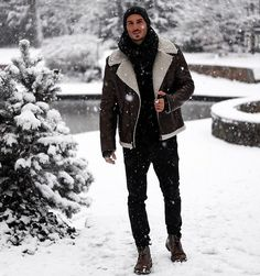 """1,025 Likes, 22 Comments - Men's Fashion Inspiration (@staymenfashion) on Instagram: """"Winter time look ❄️ Double tap for ❤️ Follow @staymenfashion for outfit inspo   @andremerzdorf .…"""""""