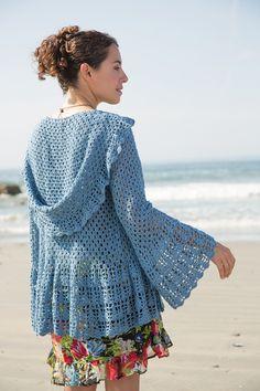 Ravelry: Azul pattern by Jill Wright    Definitely adding to my wishlist queue.