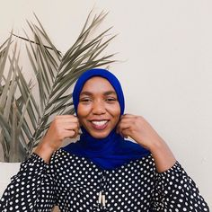 "Airah✨ Fashion | Skincare on Instagram: ""A smile like this is all I want for you and me🖤 Do have a lovely week guys😘 . . . . . . . . #AllShadesOfKhairah #ModanisaStyle…"" Muslim Women, Every Girl, Modest Fashion, Fashion Bags, Cool Style, Skincare, Smile, Style Inspiration, Lifestyle"