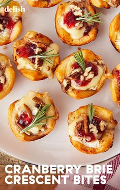 Personalized Graduation Gifts - Ideas To Pick Low Cost Graduation Offers Recipe and Video Tutorial - Cranberry Brie Bites Are The Holiday App That Gets Demolished In Seconds Delish Holiday Appetizers, Yummy Appetizers, Appetizer Recipes, Thanksgiving Appetizers, Wine Party Appetizers, Wedding Appetizers, Vegetarian Appetizers, Brie Bites, Thanksgiving Recipes