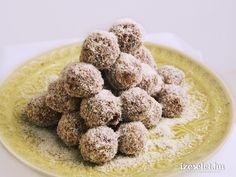Aszalt gyümölcsös almagolyók - Receptek | Ízes Élet - Gasztronómia a mindennapokra Mousse, Biscotti, Truffles, Dog Food Recipes, Birthday Parties, Paleo, Baking, Fitt, Baba