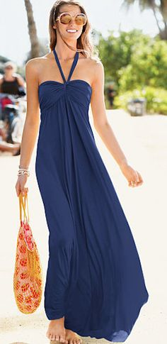 navy #blue beach maxi dress http://rstyle.me/n/h4346r9te