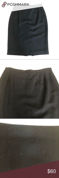 """Burberry's Black pencil skirt 6 Burberry's Black pencil skirt 6 Size 6 Waist 27"""" Length 24"""" Wool Lined Perfect condition Burberry Skirts Pencil"""