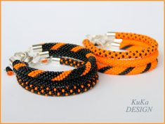 "Bead Crochet Bracelet Knot Rope Black and by KuKaDesignJewelry part Bead Crochet Bracelet Knot Rope "" Black and Orange"" create your own set for Halloween Crochet Car, Crochet Gifts, Crochet Shawl, Crochet Beaded Bracelets, Beaded Earrings, Beaded Jewelry, Stud Earrings, Bead Crochet Patterns, Bead Crochet Rope"
