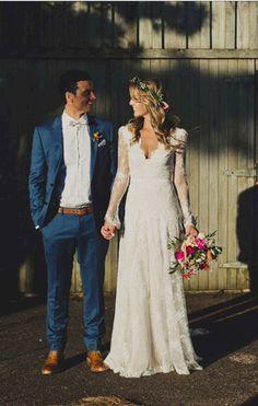 Cool 85+ Stunning Long Sleeve Wedding Dresses Ideas https://bitecloth.com/2017/11/12/85-stunning-long-sleeve-wedding-dresses-ideas/ #weddingdress #weddingideas