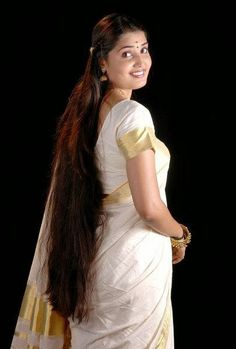 Secrets from Mother India: Home-made Indian Hair Oil Indian Hair Oil, Long Indian Hair, Loose Hairstyles, Indian Hairstyles, Hair Secrets, Long Black Hair, Beautiful Long Hair, Gorgeous Hair, Braids For Long Hair