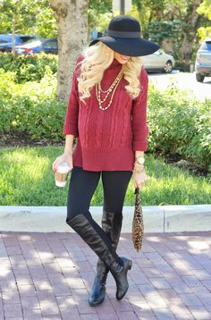 Such a cute maternity look! You can achieve this look with No nonsense leggings! #ad #bh @No nonsense www.nononsense.com