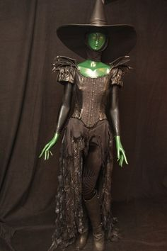 The Wicked Witches Dress #DisneyOZEvent #ShareTheLove