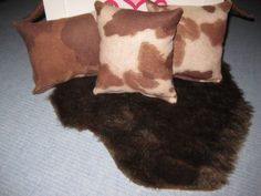 4-Piece-American-Girl-Inspired-Western-Doll-Pillows-Fur-Rug-18-Inch-Doll